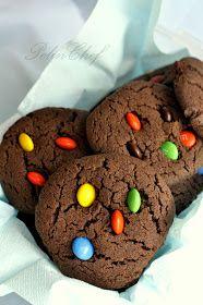 Haftaya tatlı başlayalım istedim bu nedenle geçen hafta yaptığım çooooook lezzetli kurabiyelerin tarifini vereceğim bugün. Şimdi diyeceks...