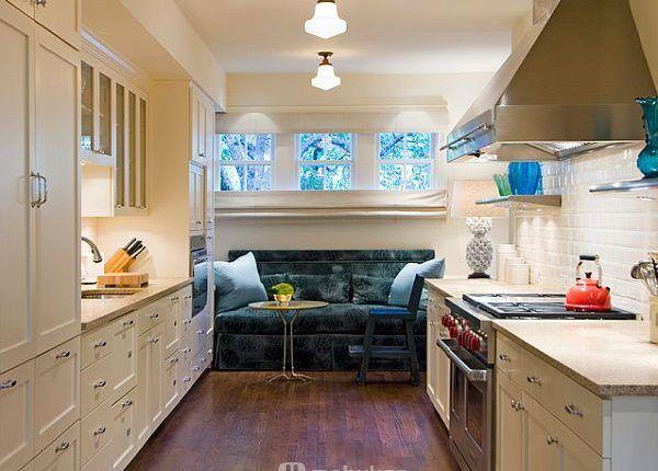 اشكال مطابخ صغيره و صور مطابخ مميزه و تصميميات مودرن و مختلفه موبيكان Galley Kitchen Design Small Kitchen Decor Small Galley Kitchen Designs