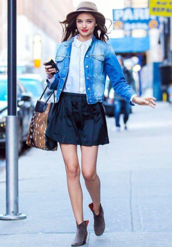 skater skirt,skater skirt fashion,skater street style,patenci etek,patenci etek modelleri,çan etek,çan etek modelleri,çan etek modası,preppy tarz,kolej etek,skater etek nasıl giyilir,patenci etek nasıl giyilir,çan etek nasıl giyilir,2014 etek modası,neopren etek,neopren,pileli etek,pileli mini etek,gömlek etek kombinleri,desert bot,desert shoes,kısa üst,crop top,lace up sandalet,lace up fashion,bağcıklı ayakkabı
