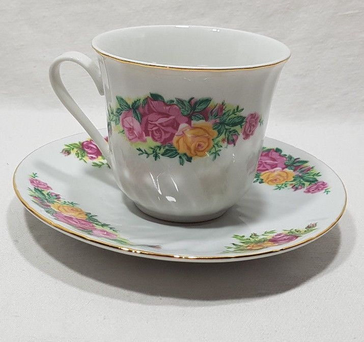 Regent China English Rose Tea Cup /& Saucer With Gold Trim Rose Flower Design
