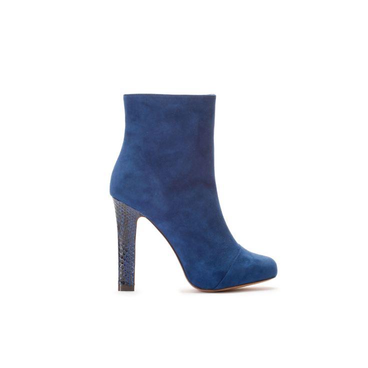 Blue suede shoes #bavauddesign