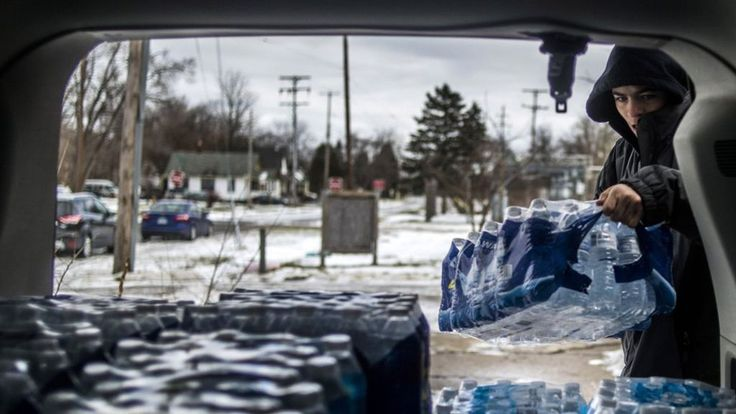 US President Barack Obama declares a state of emergency in Flint, Michigan, where the water has become contaminated with lead following a change of supplier
