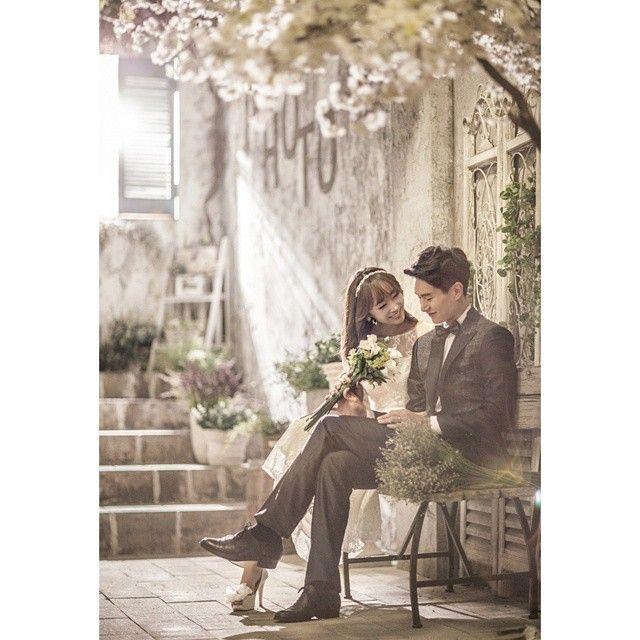 Korean inspired engagement photoshoot | http://www.bridestory.com/kwedding/instagram