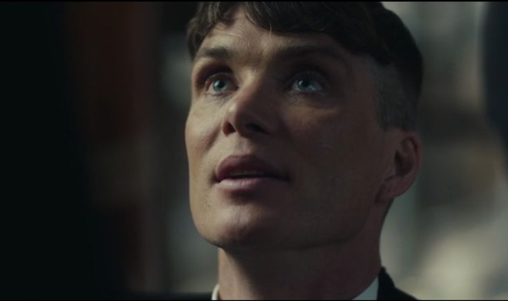 Tommy Shelby kneeling? Is it possible? Maybe not! Cillian Murphy in PB.