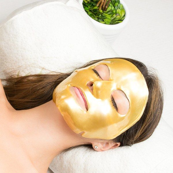 ♥ This popular Vitamin E and Hyaluronic Acid based mask is widely used in Asian skincare for it's anti-inflammatory properties. ♥ Modern formula developed in France will rejuvenate your skin, fill fine lines, and reduce wrinkles. You will absolutely glow after use. ♥ Treat yourself like royalty with golden spa quality mask.  One treatment will help you reduce the appearance of existing signs of aging and prevent future damage. A luxurious way to restore your youthful, radiant complexion.