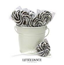 Cherry flavoured black and white swirl lollipops for sale online in Australia. Buy online or in store - we deliver our lollipops Australia wide