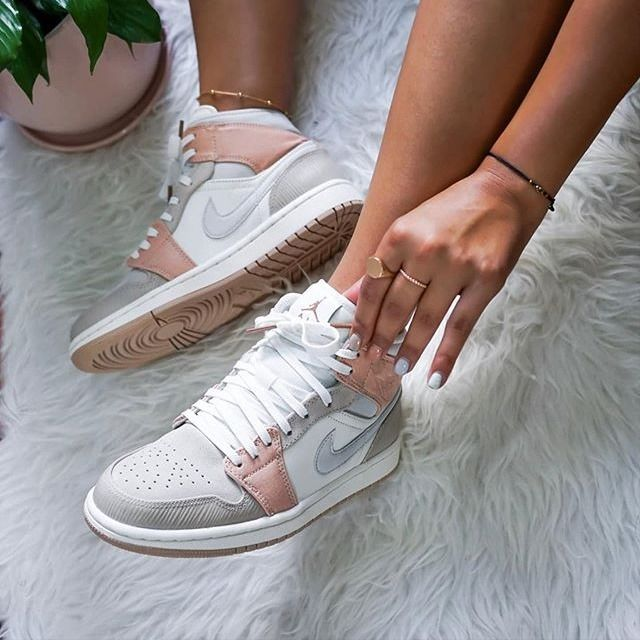Nike Air Jordan 1 Mid Milan Cv3044 100 In 2020 Nike Shoes Women Nike Fashion Shoes Sneakers Fashion