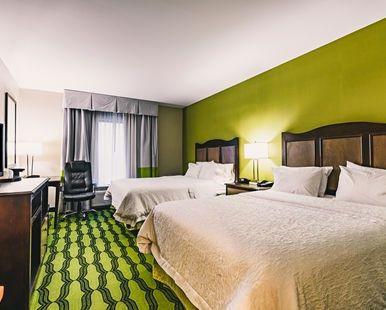 Hampton Inn Niagara Falls Blvd Hotel, NY - Double Queen Guest Room