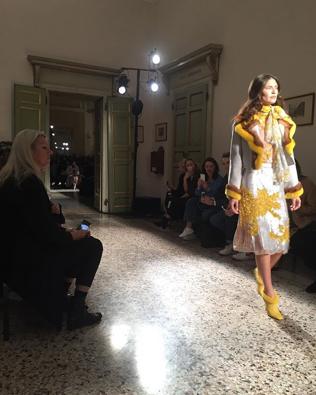 Бьянка Балти @blumarine #blumarine #mfw #mfw2017  via MARIE CLAIRE UKRAINE MAGAZINE OFFICIAL INSTAGRAM -Celebrity  Fashion  Haute Couture  Advertising  Culture  Beauty  Editorial Photography  Magazine Covers  Supermodels  Runway Models