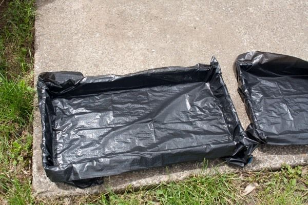Lining Molds with Plastic Garbage Bags