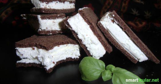 Milchschnitten vegetarisch oder vegan! Wir zeigen dir, wie du sie schnell und leicht selber herstellst. Klassisch, als Sternchen oder als Kuchen!