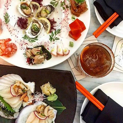 Monday: The perfect excuse to ditch the dishes and dine with us at The #RawBar. [: @lietco]