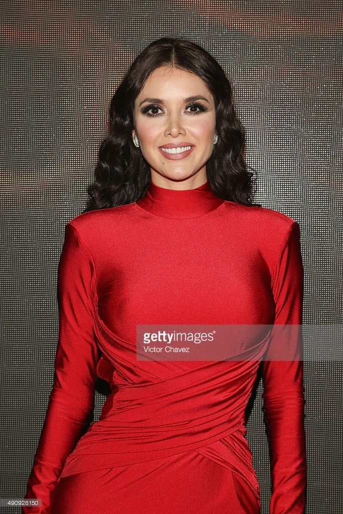 Actress Marlene Favela attends the 'Pasion y Poder' press conference at Live Aqua Bosques on October 1, 2015 in Mexico City, Mexico.
