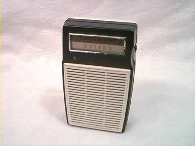 1961 GE P-820A TRANSISTOR RADIOPocket Transistor, P 820A Transistor, Forgotten Tech, Transistor Radios, Memories, Vintage Life, 1961, Graduation High, High Schools