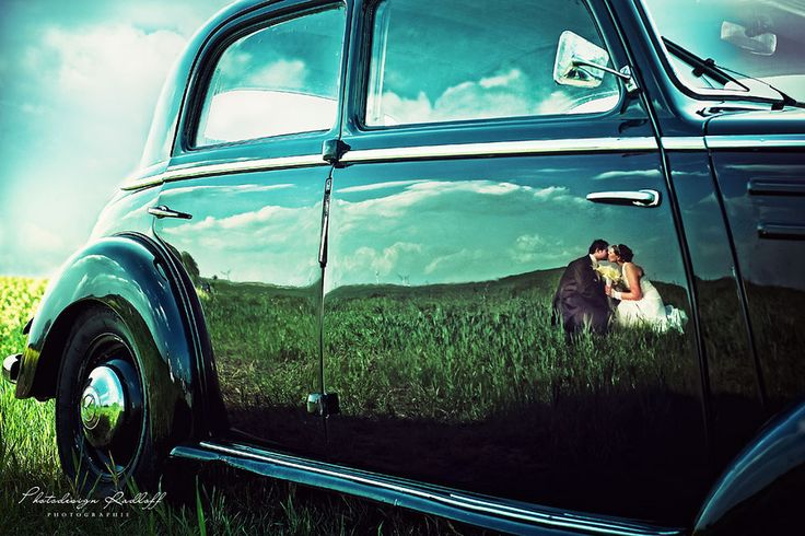 old car, cute couple: Wedding Photography, Photo Ideas, Photography Idea, Wedding Ideas, Weddings, Cars, Wedding Photos