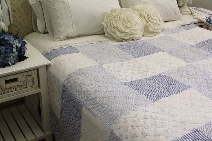 Generously sized quilts suitable for even extra length mattresses.  Available in the following sizes:  Single or 3/4 180x250mm  Double or Queen 230x250mm  Queen or King 260x250mm
