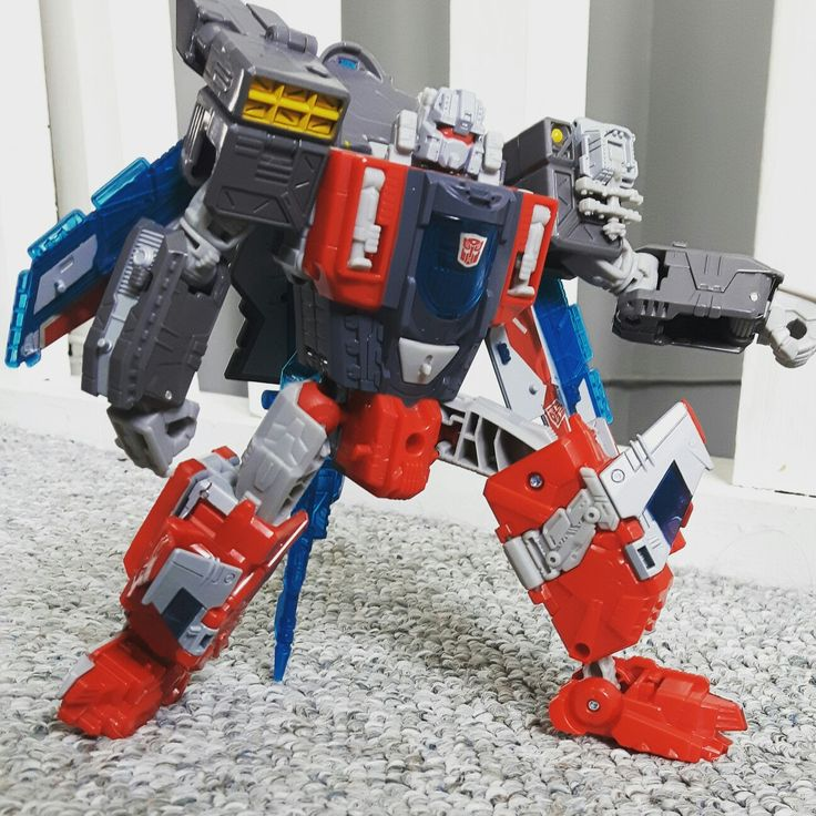 Check out the toy review on youtube of Transformers titans return  Broadside  I love this guy. He is surprisingly terrific. I also show off a fanmode for a base and plane. Check it all out