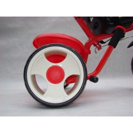 Bardzo elegancki i wykonany z wysokiej jakości surowców rowerek trójkołowy. Solidny i bezpieczny rowerek o nowoczesnej stylistyce.Wygodne siedzisko oraz miękkie oparcie zapewniają maksymalny komfort jazdy.Pięciopunktowe pasy utrzymują stabilność dziecka w siedzisku.Rowerek posiada prosty mechanizm działający na zasadzie sprzęgła.Po odłączeniu napędu pedałki mogą obracać się niezależne od ruchu przedniego koła,co przydatne jest podczas prowadzenia rowerka przez rodzica