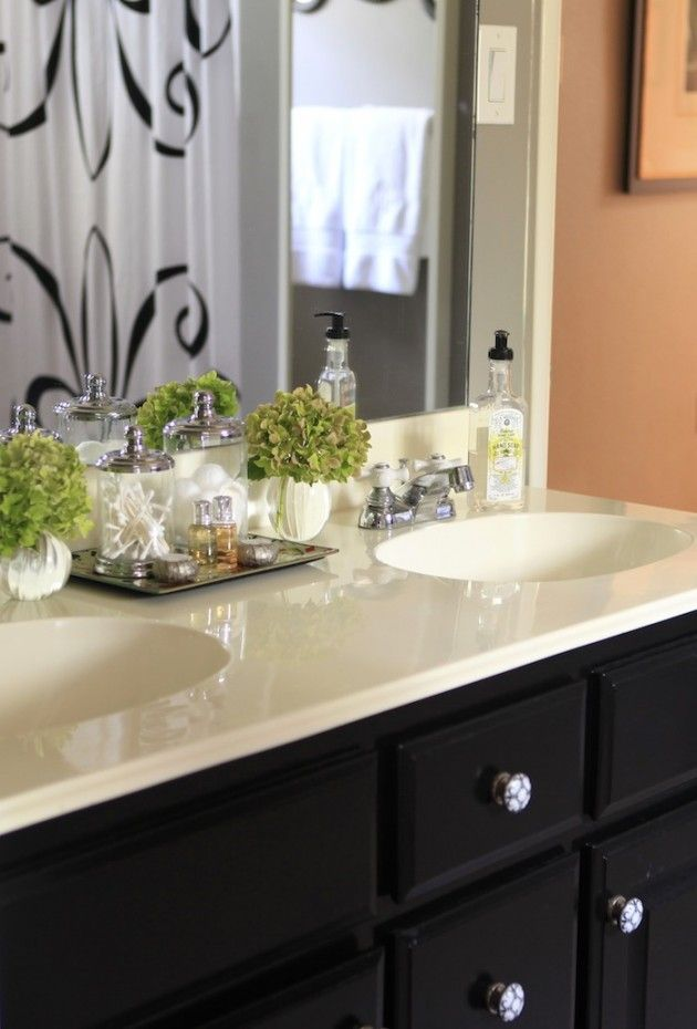 4 Use Fresh Flowers In The Bathroom By Blogger