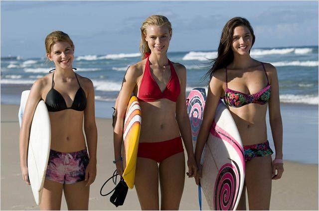 Lucy en çok Lightning Point dizisindeki Zoey rolü ile tanınıyor. Okyanusu çok seven Lucy, dizide uzaylı bir sörfçüyü canlandırıyor.  Lucy sörf sahnelerinde dublör kullanmamak için çok sıkı bir sörf eğitimi almış.