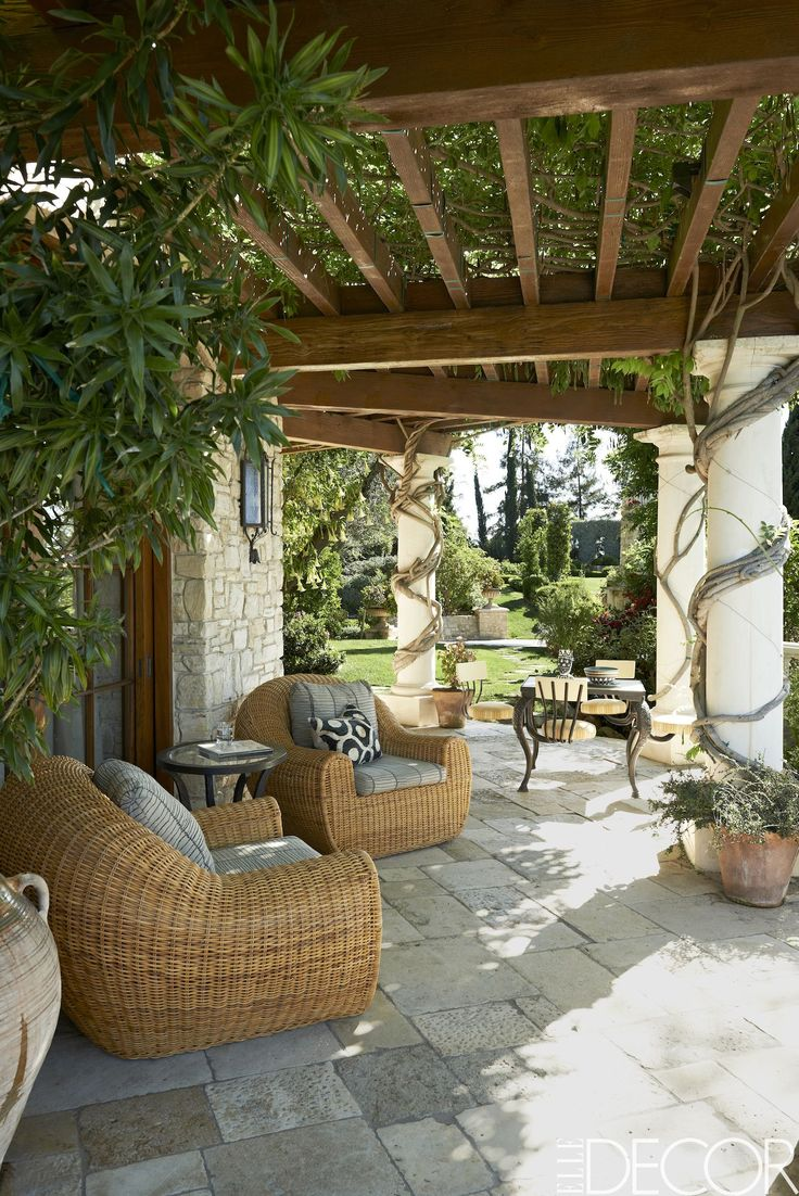 Antique Limestone Pavers Patio  - ELLEDecor.com
