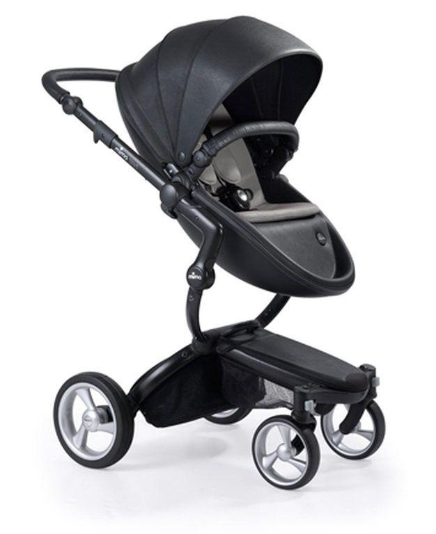 Très pratique, compacte et design, la poussette XARI de MIMA évolue avec l'enfant de sa naissance à environ 5 ans !
