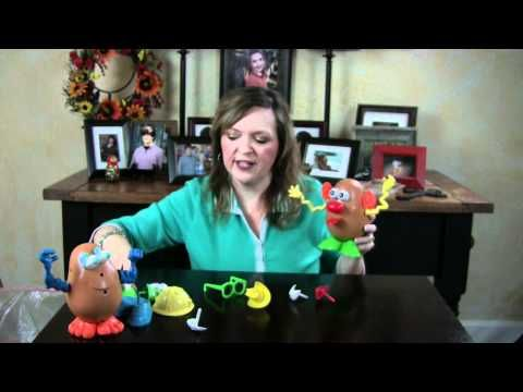 Potato Head speech therapy ideas for toddlers with language delays. See the full summary at www.teachmetotalk.com.