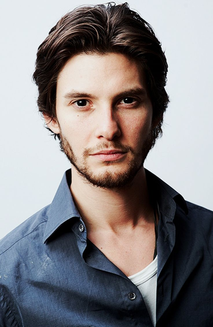 Ben Barnes - It's Prince Caspien!! Or Dorian Gray, whichever you prefer.