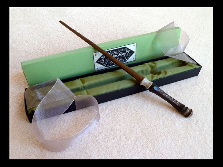 18 best custom harry potter wands images on pinterest for Harry potter elm wand