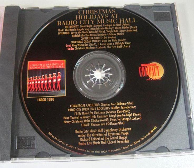 Η ηχογράφηση τουChristmas Holidays at Radio Music Hall, έγινε τη «χρυσή» εποχή της δισκογραφίας του '50,μιας περιόδου που ξεκινάει από το 1954 και τελειώνει τη δεκαετία του '60.   Πρόκειται για μια περίοδο μεγάλης τεχνολογικής προόδου με πρώτα και κύρια τη δυνατότητα ηχογράφησης σε μαγνητική ταινία. Κατά την περίοδο αυτή είχανε γίνει και οι πρώτες δικάναλες ή τρικάναλες στερεοφωνικές ηχογραφήσεις στις οποίες χρησιμοποιήθηκαν, τουλάχιστον στην Ευρώπη, λαμπάτα μηχανήματα, από μικρόφωνα, ...