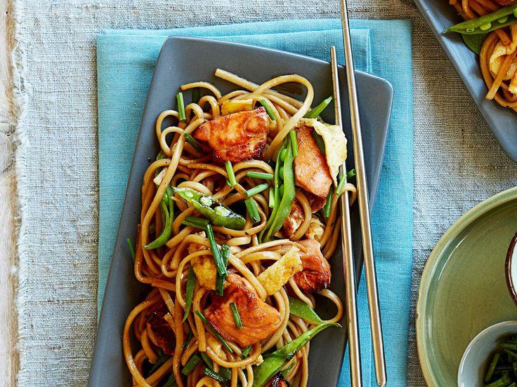 Teriyaki salmon stir-fry, salmon recipe, brought to you by Australian Table. #salmon #recipe_ideas