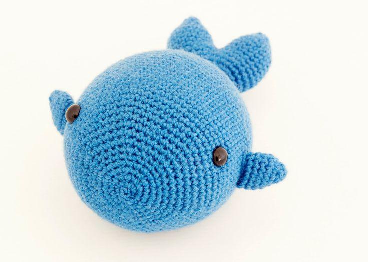 Free Amigurumi Dolphin Pattern : Best amigurumi peces images amigurumi patterns