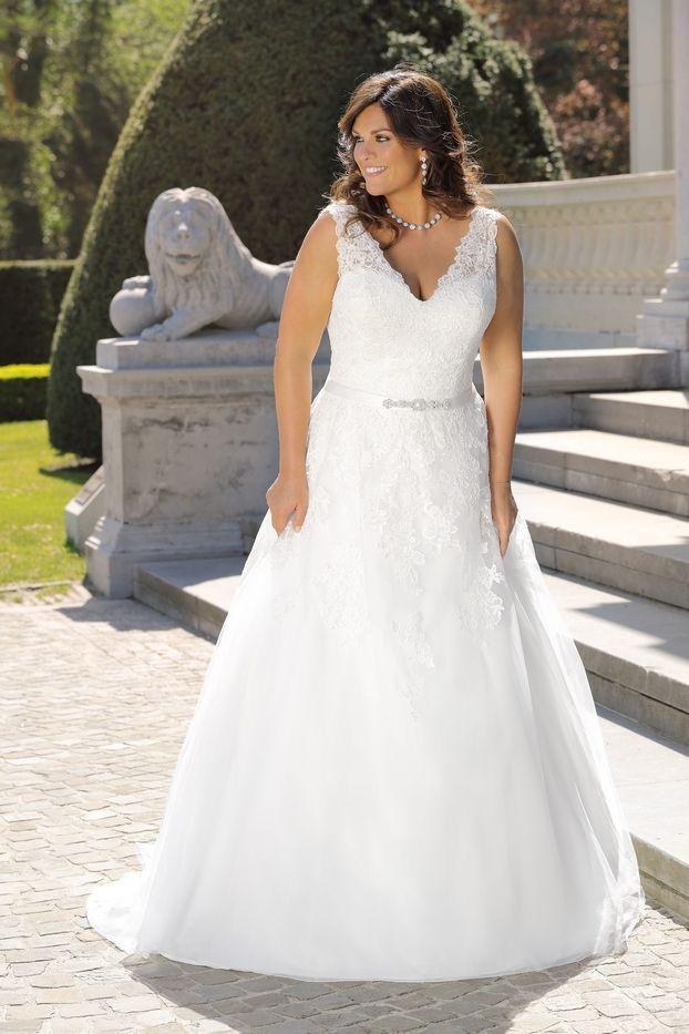 Vestiti Da Sposa Xxl.Brautkleider Xxl Hochzeitskleider Xxl By Ladybird Brautmoden