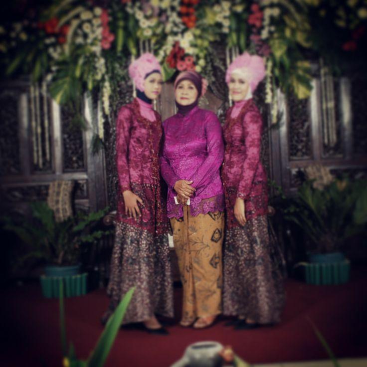 me mom n my sister