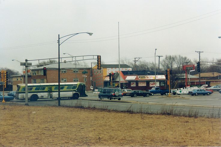 The intersection of West 87th Street and South Kedzie