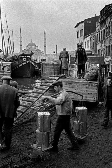 By Ara Güler İstanbul, 1957