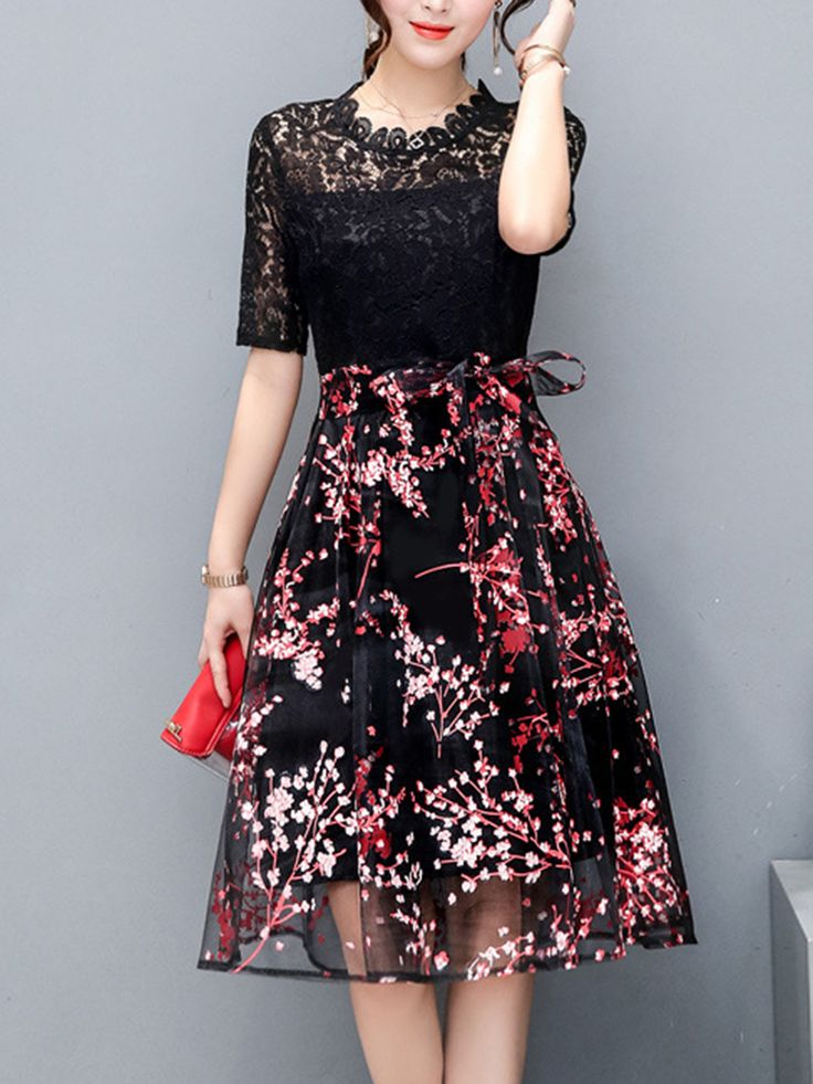 Buy Exquisite Floral Hollow Out Midi Skater Dress online with cheap prices and discover fashion Skater Dresses at Fashionmia.com.