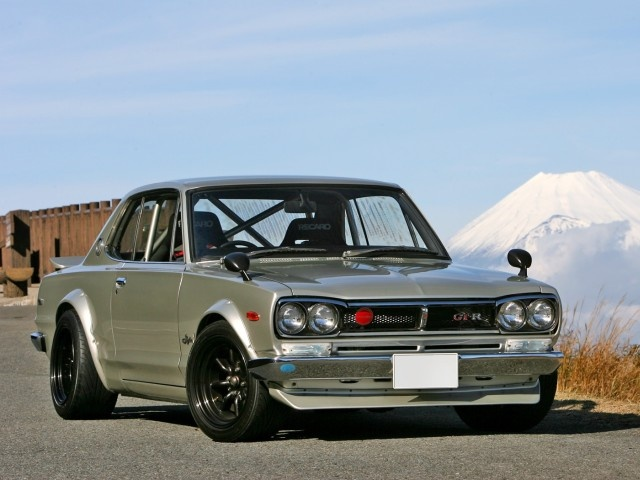 One of the first skyline 2000 classic,