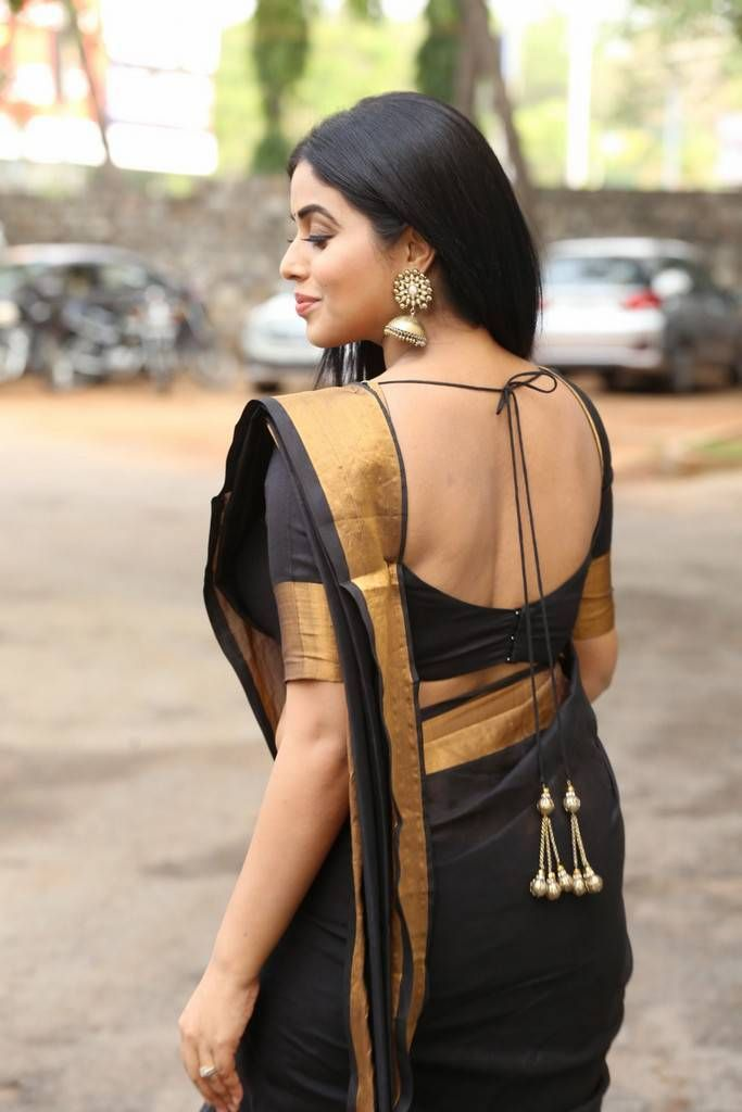 Beautiful Kannur Girl Poorna In Transparent Black Saree | Beautiful