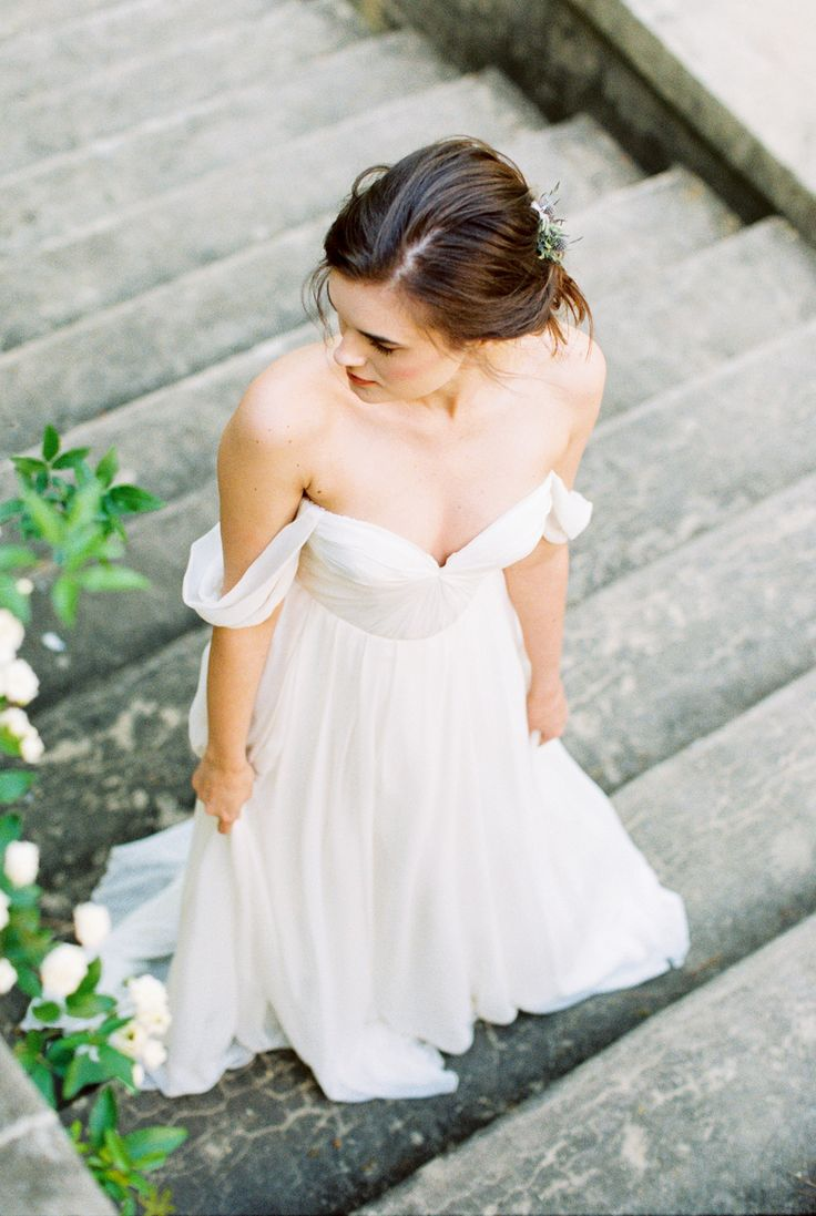 Sarah Seven Wedding Gown | photography by http://alexisjune.com/