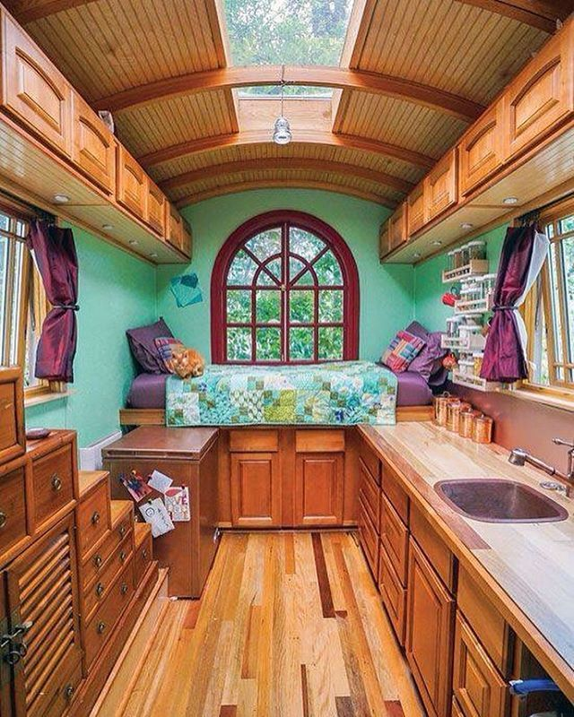65 best images about tiny house living on pinterest buses house and tiny house design. Black Bedroom Furniture Sets. Home Design Ideas