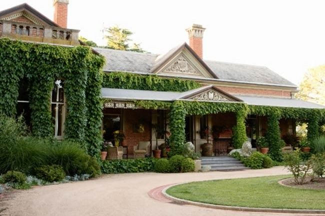 Historic country homestead gallery 1 of 11 - Homelife