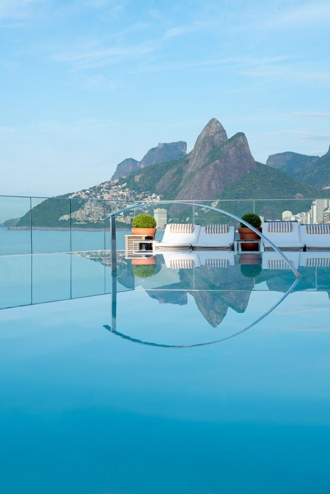 """O Hotel Fasano Rio de Janeiro está localizado na Avenida Vieira Souto, no coração de Ipanema eH faz parte do conceituado grupo """"The Leading Hotels of the World"""". O charme e sofisticação do hotel, o design moderno e serviço eficiente faz do Hotel Fasano o endereço mais badalado da cidade. Vale ressaltar que é o… Leia mais Hotel Fasano Rio de Janeiro"""
