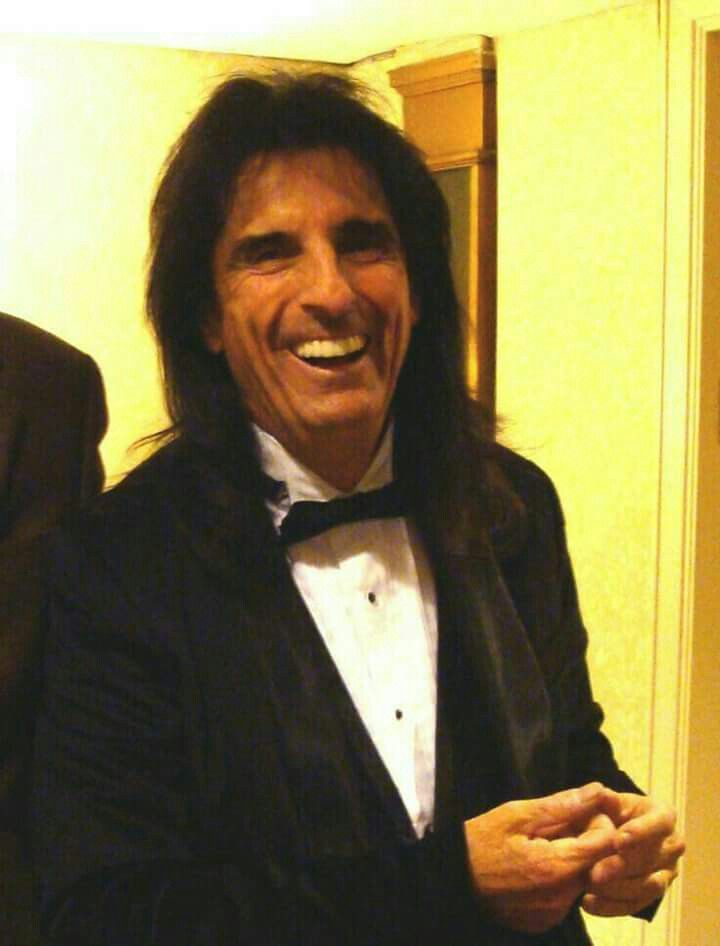 Alice Cooper Net Worth 2018: 5 Fast Facts You Need to Know
