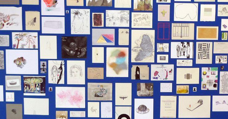 ANONYME ZEICHNER ist eine AUSSTELLUNG in Berlin mit 800 Zeichnungen aus aller Welt. Jeder kann sich daran beteiligen: Ein für alle offener, internationaler AUFRUF ZUM EINSENDEN VON ZEICHNUNGEN geht der Ausstellung voran. Die Kunst wird ANONYM ausgestellt und zu einem EINHEITSPREIS von jeweils150 Euro verkauft: Die üblichen Regeln des Kunstmarkts werden so ausgehebelt: Was zählt ist die Kunst und nicht die Biografie - die persönliche Bewertung und nicht der Geldwert. #crowdfunding #startnext…