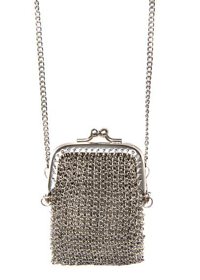 silver mesh purse necklace / mango: Mango Silver, Porta Monet Mango, Long Chains, Cutest Necklaces, Good Idea, Collana Porta Monet, Mango I, Chains Necklaces, Pur Necklaces