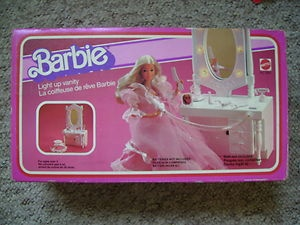 Barbie Vanity Light Up Mirror : 1000+ ideas about Vanity Set on Pinterest Vanities, Dresser Sets and Double Vanity
