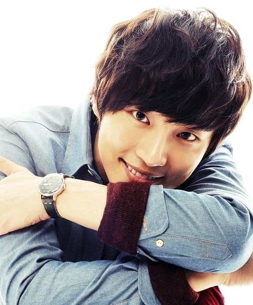 Flower Boy Next Door ♥ Yoon Shi Yoon as Enrique Geum