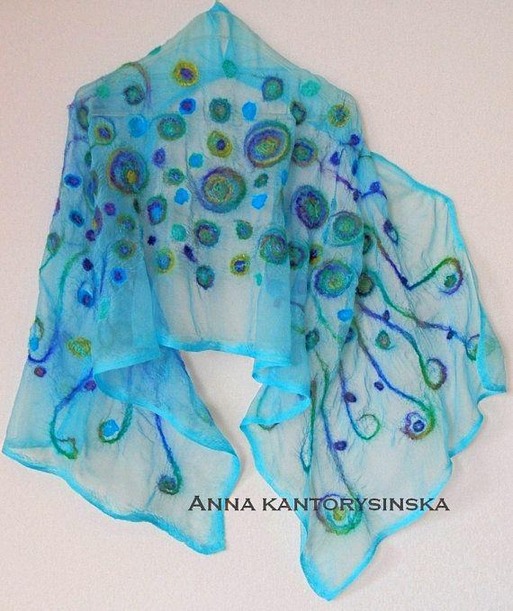 Nuno Gevilte zijden sjaal TURQUOISE punten handgemaakte kunst om te dragen, draagbare kunst, zijde wol sjaal, door Kantorysinska