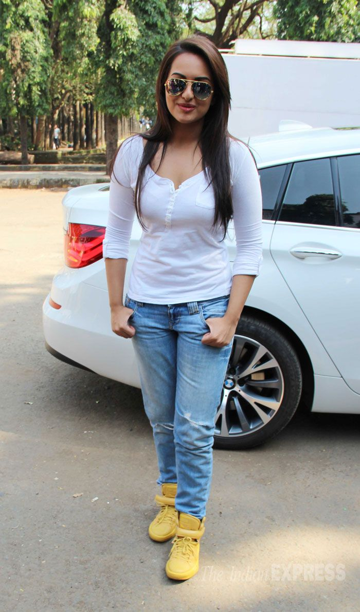 38 Best Shoe Images On Pinterest Bollywood Fashion Aalia Bhatt And Bollywood Actress